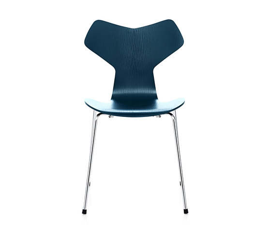 Grand Prix™   3130 coloured ash by Fritz Hansen   Chairs