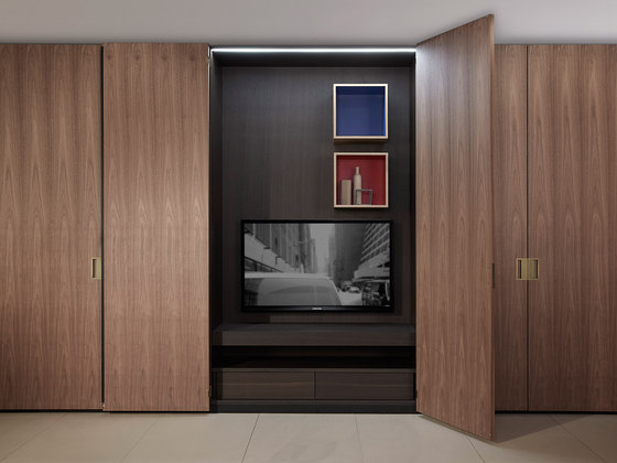 Storage Battente by PORRO | Built-in cupboards