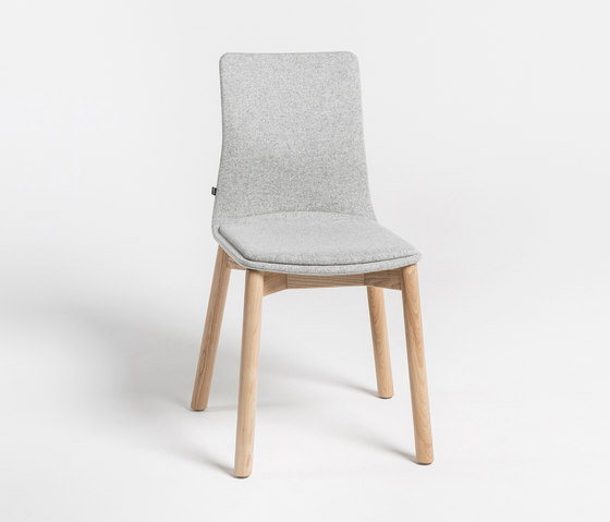Linar Plus by NOTI   Chairs