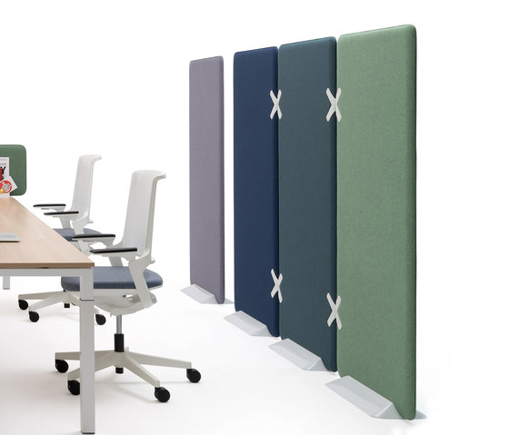 Winea X | Standing panel by WINI Büromöbel | Privacy screen