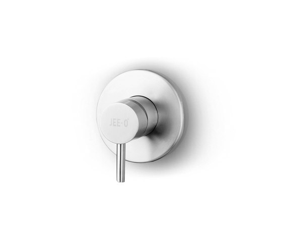 JEE-O slimline mixer 01 small by JEE-O | Shower controls