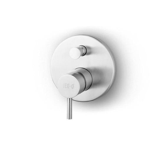 JEE-O slimline mixer 01 by JEE-O | Shower controls