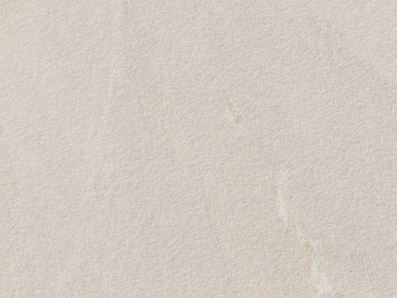 Pacific Blanco Plus Bush-hammered SK by INALCO | Ceramic panels
