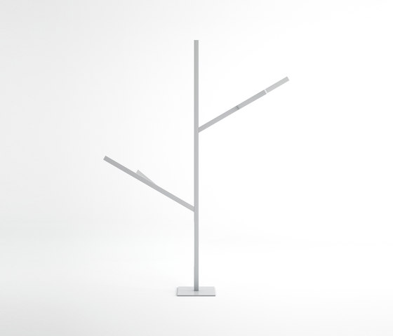 Blau M1 Outdoor Tree Lamp by GANDIABLASCO   Outdoor floor-mounted lights