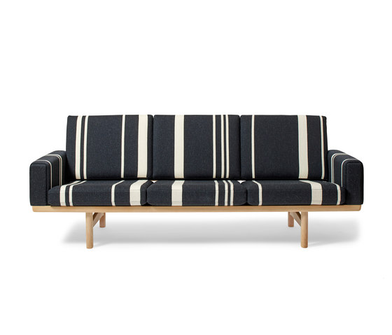 GE 236 3-Seater Couch by Getama Danmark | Sofas