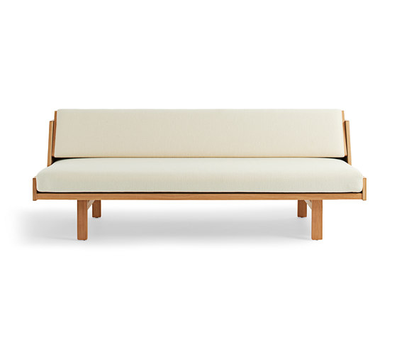 GE 258 Day Bed by Getama Danmark | Sofa beds