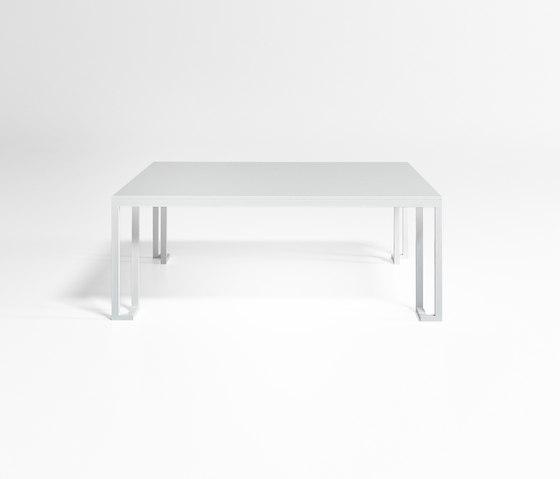 Jian Low Table by GANDIABLASCO | Coffee tables
