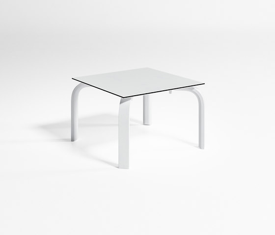 Stack Square Table Chaiselongue by GANDIABLASCO | Side tables