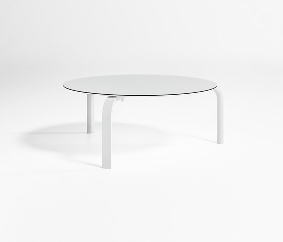 Stack Circular Low Table by GANDIABLASCO | Coffee tables