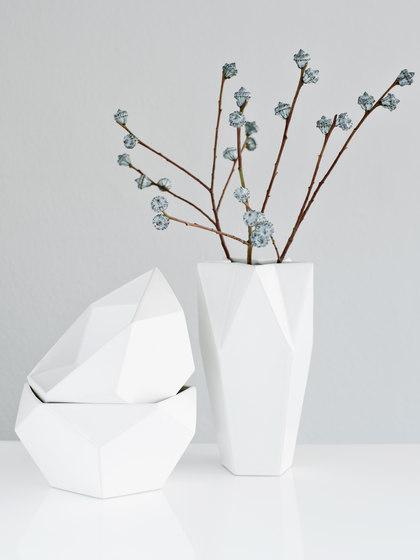 Ceramics | AYAKO white de Raum B | Floreros
