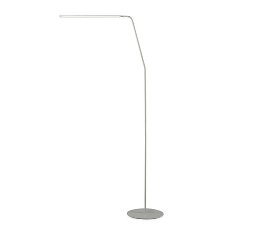 Riga F1900 by &'Costa | Free-standing lights