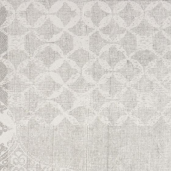 Gesso Decoro Patchwork Pearl Grey von EMILGROUP | Keramik Fliesen