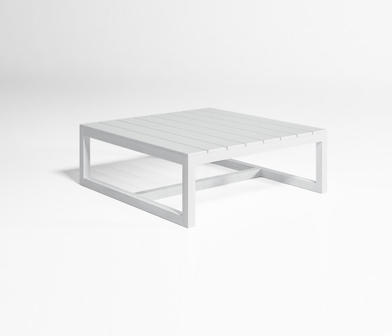 Saler Low Table by GANDIABLASCO | Coffee tables