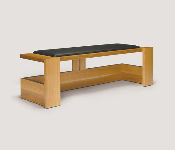 independent knucklehead bench by Skram | Benches