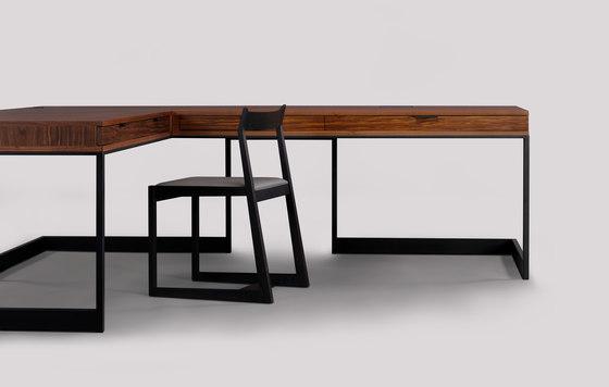 wishbone drawer desk de Skram | Escritorios