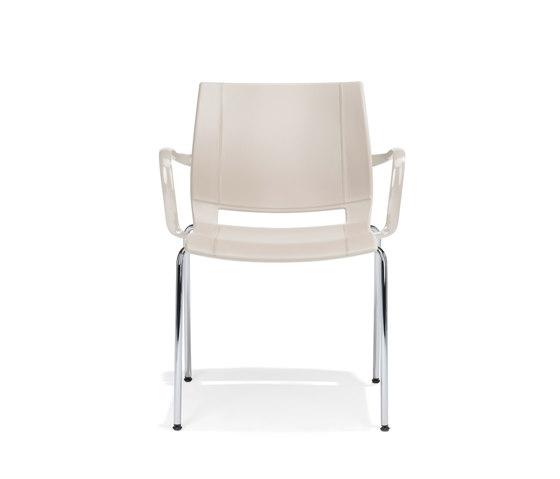 2000/4 uni_verso von Kusch+Co | Besucherstühle