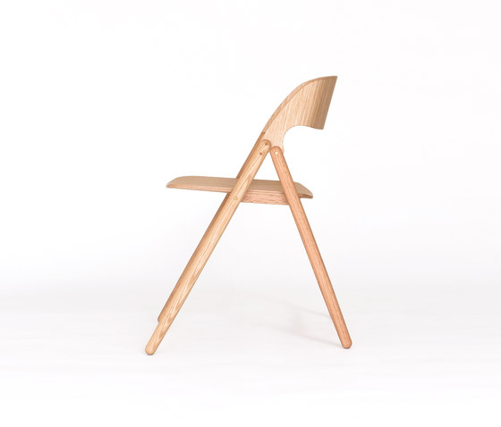Narin Folding Chair de Case Furniture | Sillas