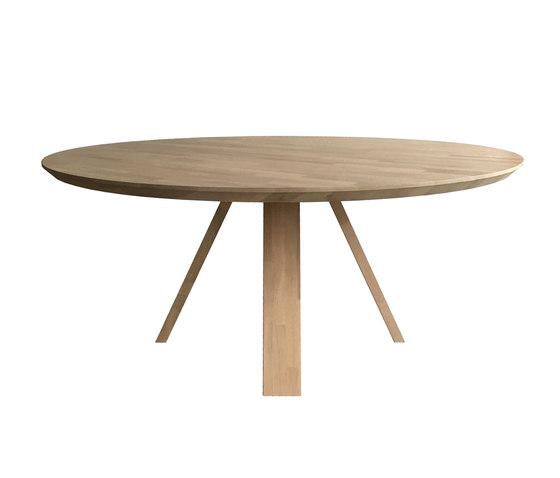 Oak A Line by dutchglobe | Dining tables