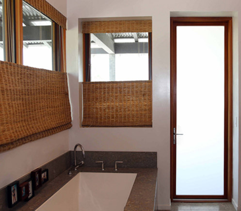 Swing Doors - Contemporary Clad | Power Residence de LaCantina Doors | Puertas de interior