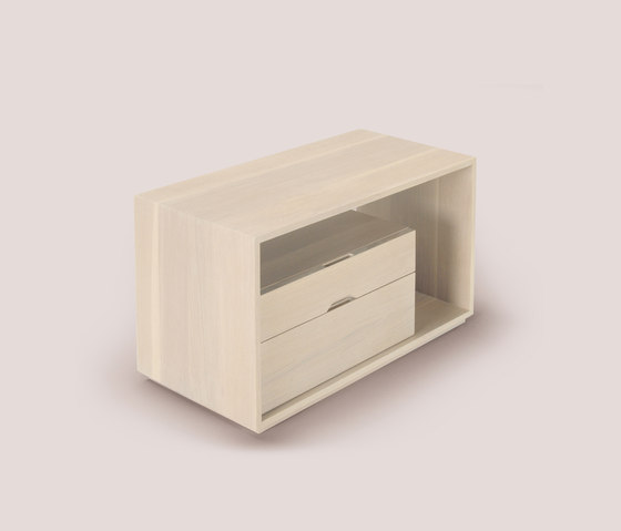 lineground #1 side table di Skram | Tavolini alti