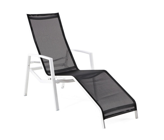 Victor Relax Lounger by Varaschin   Sun loungers