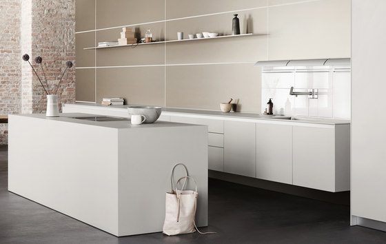 b3 monoblock in laminate by bulthaup | Fitted kitchens