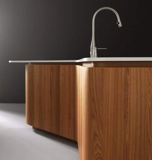 Sinuosa by Effeti Industrie SRL | Island kitchens
