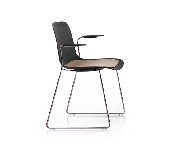 Grade | Armchair Sled Base von Lammhults | Stühle