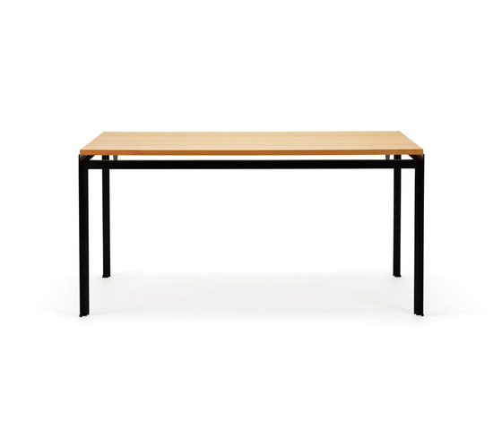 PK 52 Student desk by Carl Hansen & Søn   Individual desks