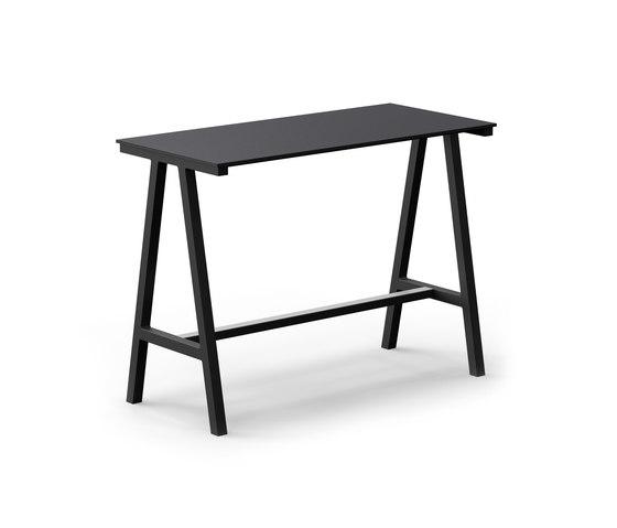 Mornington Table F with Black Compact Panel Top de VUUE | Tables mange-debout