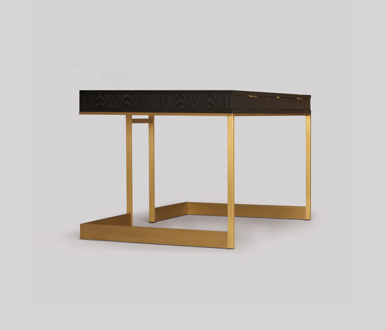 wishbone drawer desk de Skram | Escritorios