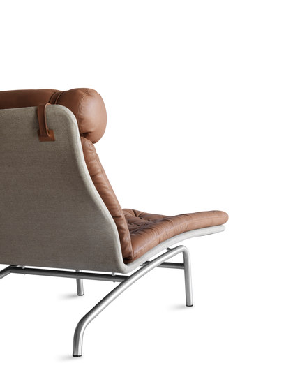 AV72-Chair EJ 230 by Erik Jørgensen | Chaise longues