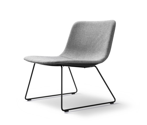 Pato Lounge Sledge von Fredericia Furniture | Sessel