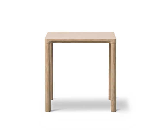 Piloti Table by Fredericia Furniture   Side tables