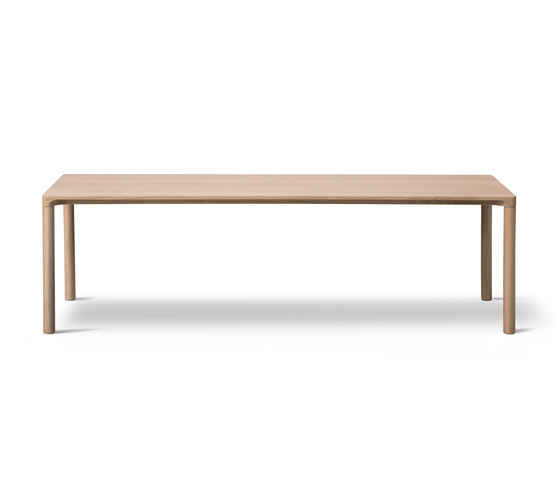 Piloti Table by Fredericia Furniture | Coffee tables