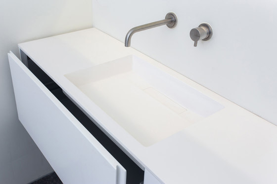 Custom 50 | Made to measure washbasin by COCOON | Wash basins
