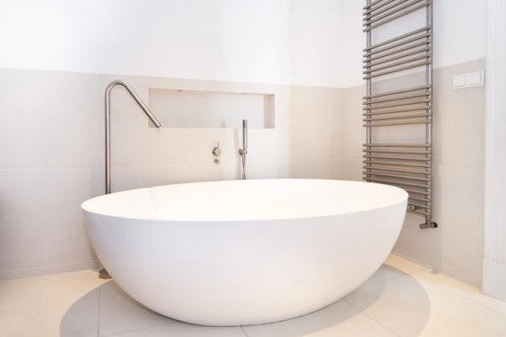 Zen | Free standing bathtub by COCOON | Bathtubs