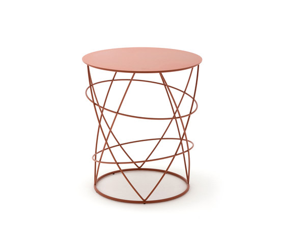Rolf benz 942 side tables from rolf benz architonic for Rolf benz couchtisch