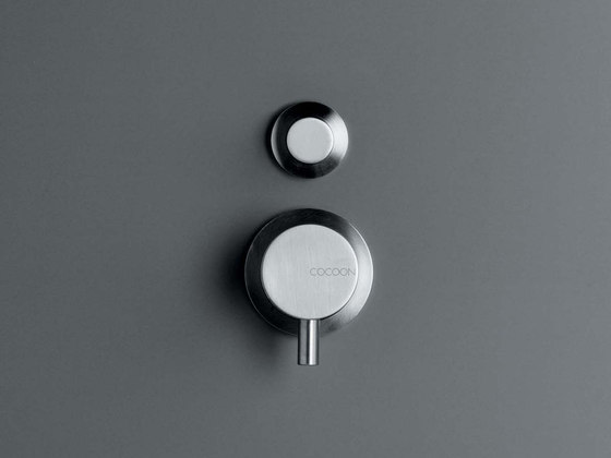 MONO 02 | Shower/bath mixer with diverter by COCOON | Wash basin taps
