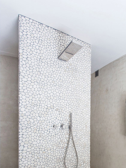 MONO 75 | Waterfall/rainshower combination by COCOON | Shower controls