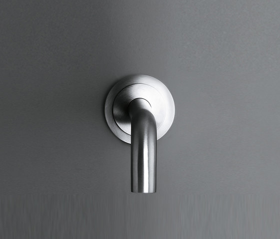 SP90_10/15/20/25 Wall-mounted spout for basin or bath by COCOON | Wash basin taps