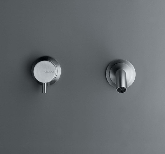 Built-in recessed wall mixer with 20 cm spout by COCOON | Wash basin taps