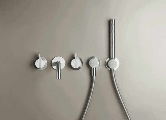 PB SET24 | Wall mounted complete bath set by COCOON | Bath taps