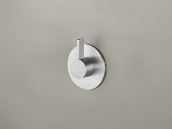 PB03 | Wall mounted mixer with long lever by COCOON | Shower controls