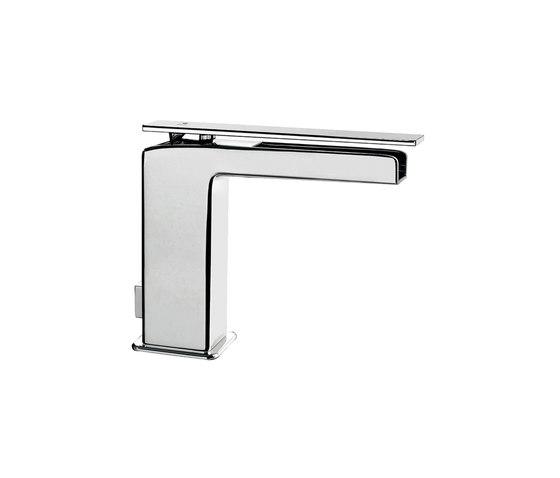 Playone 85 by Fir Italia   Wash basin taps
