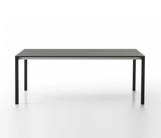be-Easy table by Kristalia | Meeting room tables