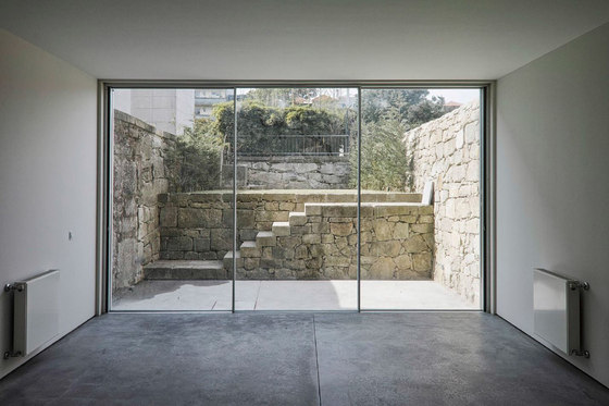 Doorstep level with the floor di OTIIMA | Portefinestre
