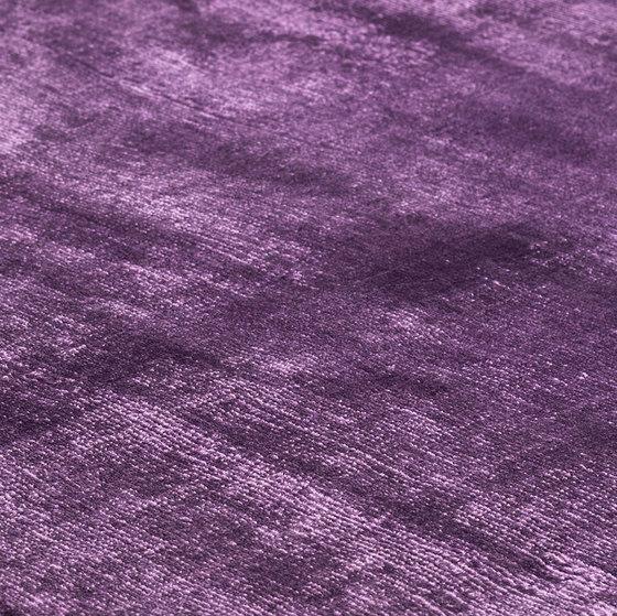 Mark 2 Viskose lavender von kymo   Formatteppiche