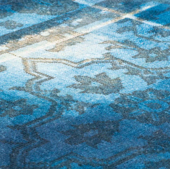 The Mashup Pure Edition Ornamental deep water by kymo | Rugs