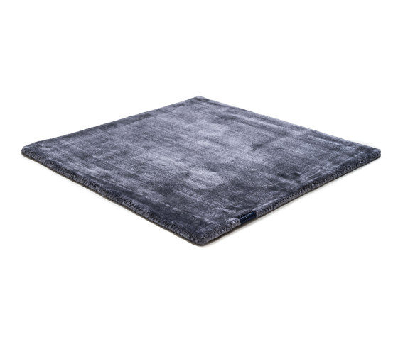 Studio NYC Pure blue iron by kymo | Rugs